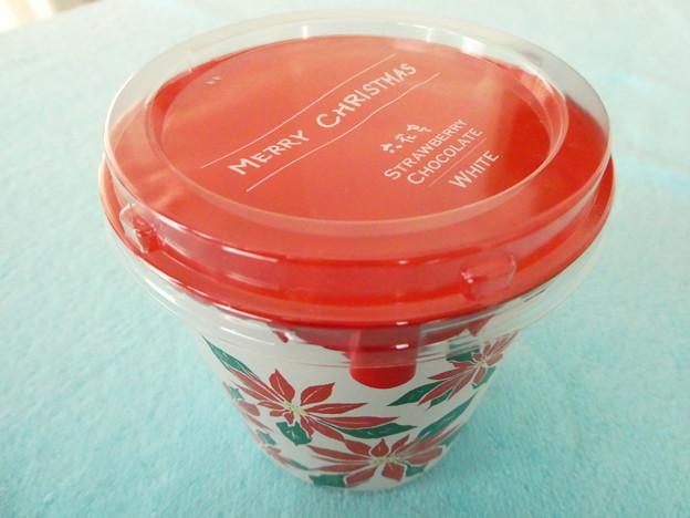 六花亭*ストロベリーチョコレート2