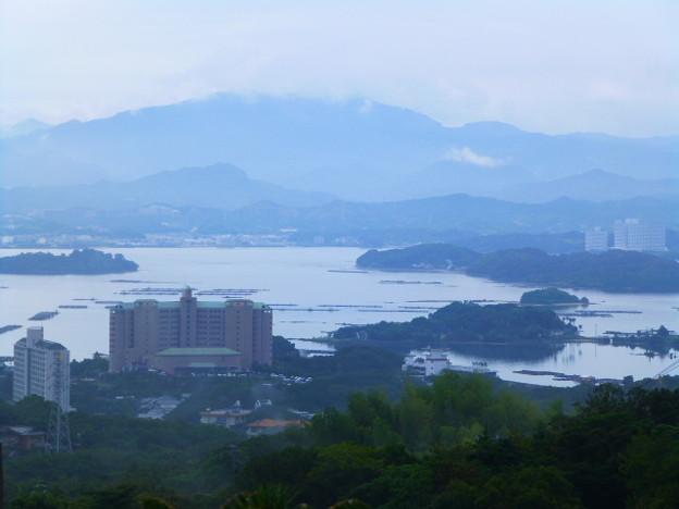 古賀浦から田辺湾も見渡せます