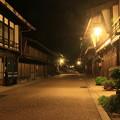 写真: 宿場の夜
