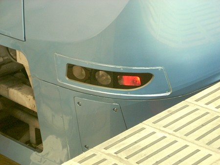 ロマンスカーMSE 貫通型のライト