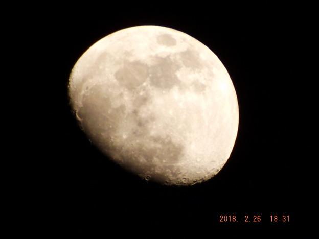 2018/02/26(月)のお月様