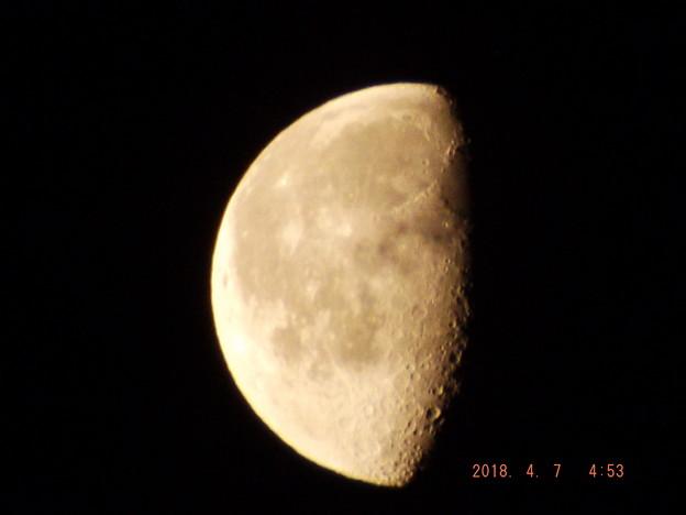 2018/04/07(土)のお月様