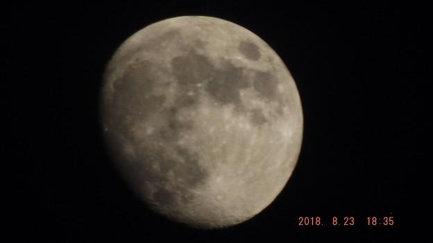 2018/08/23(木)のお月様