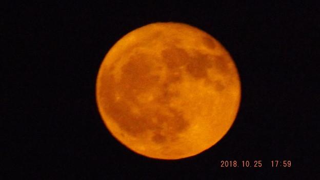 2018/10/25(木)のお月様(満月)