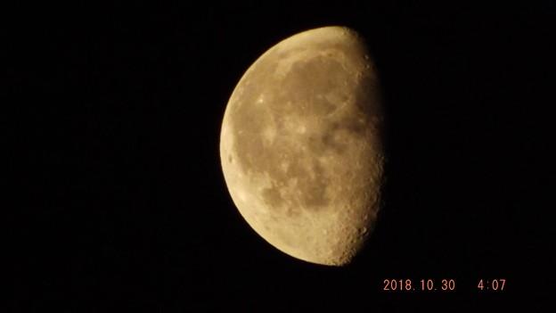 2018/10/30(火)のお月様