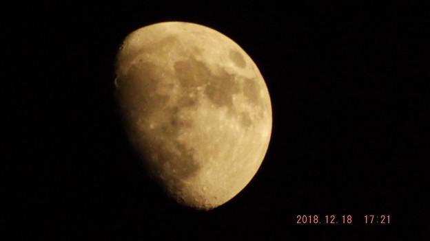 2018/12/18(火)のお月様