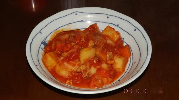 2019/10/10(木)・トマト缶で☆鶏肉とじゃがいものトマト煮込み