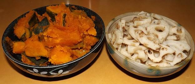 2020/01/06(月)・かぼちゃの煮物と蓮根(ハス)の煮物