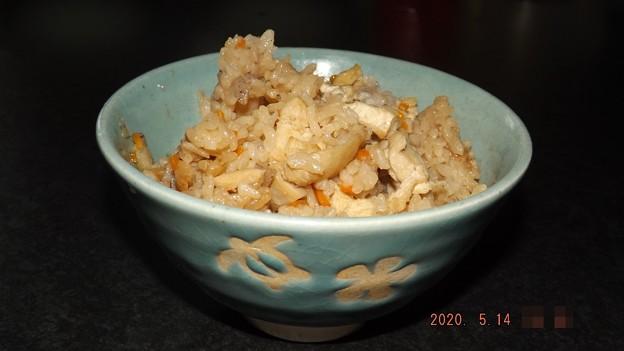 2020/05/14(木)・土鍋で鶏肉の炊き込みごはん /電気の炊飯器で炊き込んだよ_(_^_)_