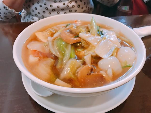アヤベーは海鮮湯麺