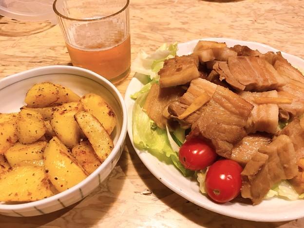 1006_夕飯のチャーシューとポテト