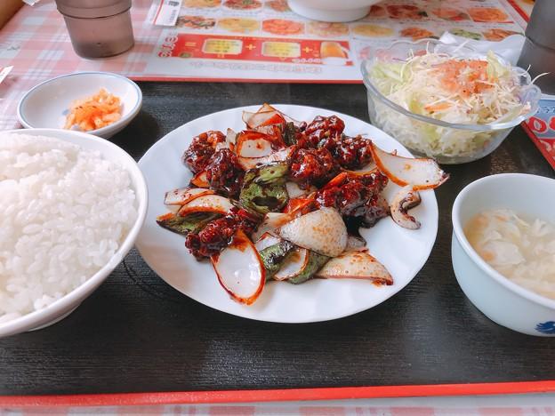 1114_黒酢の酢豚定食