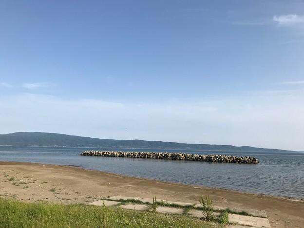 0603_よく子どもを遊ばせた遠浅の浜辺