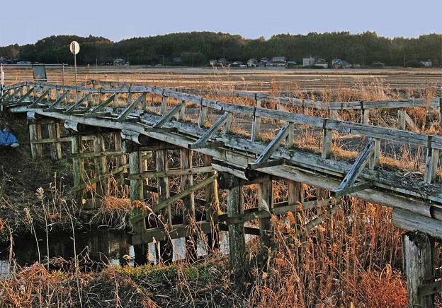 過去に架かる橋