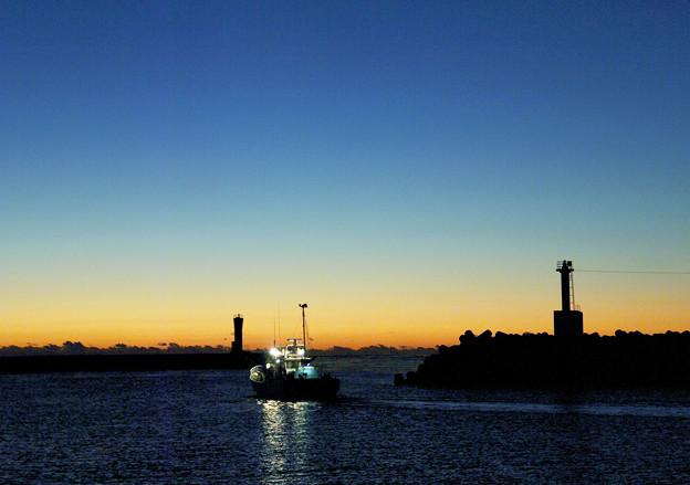 黎明の出漁2