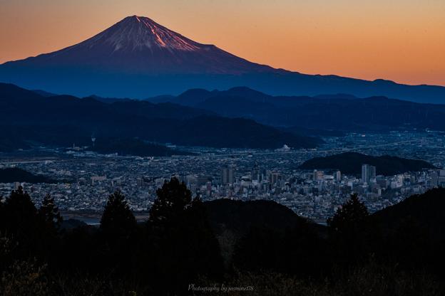 静岡側からの赤富士