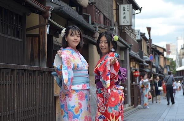京都の街も、日本の和服も素敵