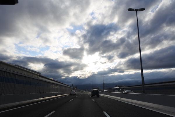 阪神高速を西へ