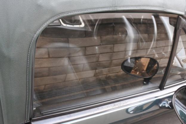44 幌縫い目運転席