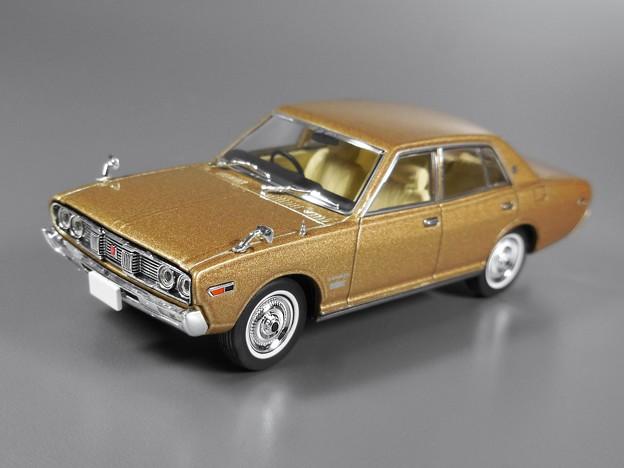 NISSAN Cedric 2000 Custom Deluxe 1973