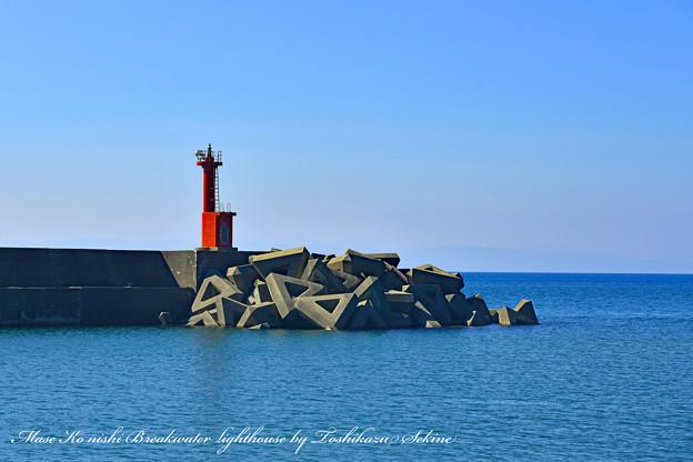 間瀬港西防波堤灯台