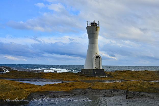安房白浜港灯台