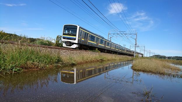 Photos: 線路沿いも水没して