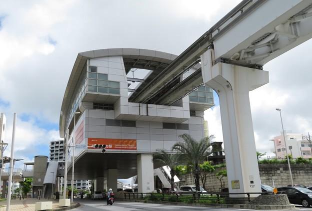 沖縄都市モノレール線おもろまち駅