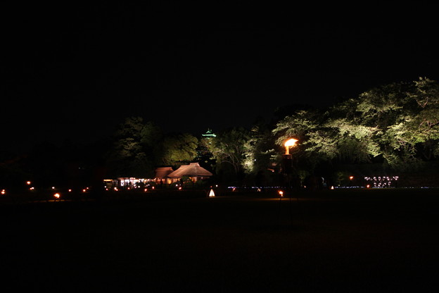 夜の後楽園