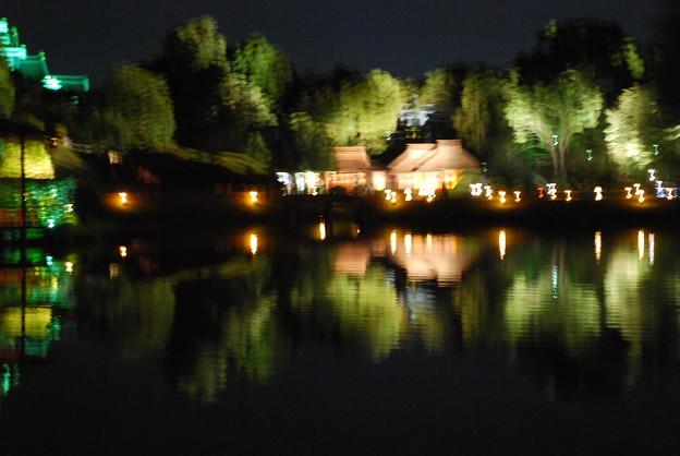 夜の公園の変化