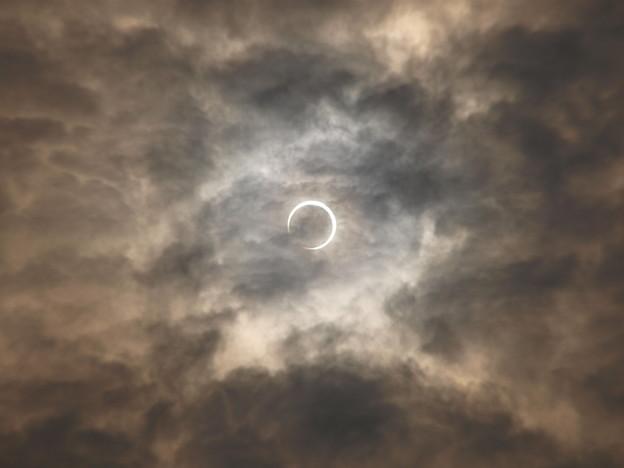 Photos: 金冠日食