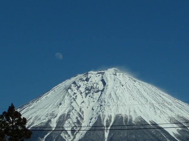 20200205富士山とお月様