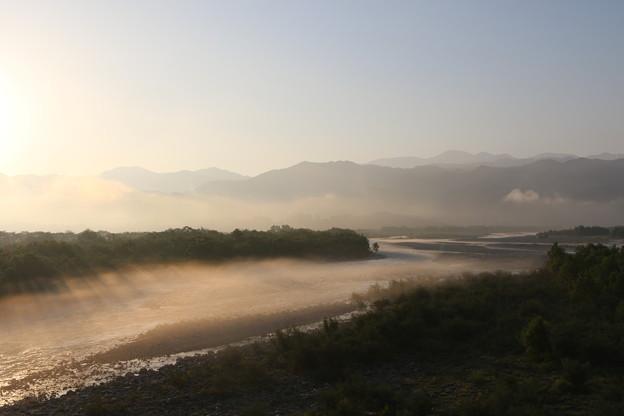 黒部川の朝霧