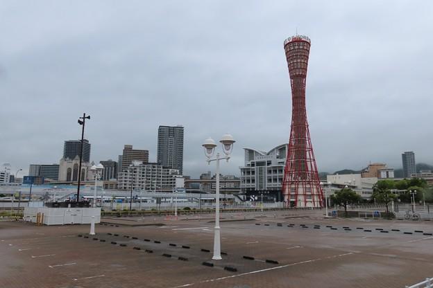 神戸ポートタワー(緊急事態宣言中)
