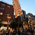 写真: 浅草で秋田竿燈