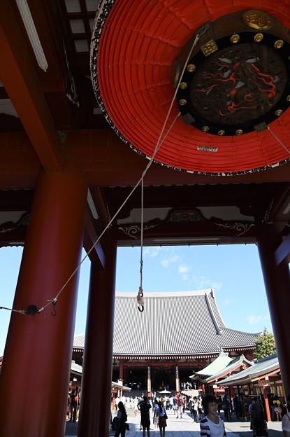 台風後の浅草寺