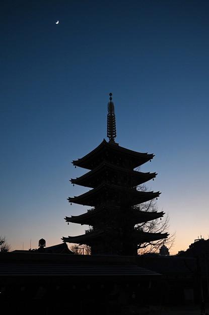 1月18日浅草寺 五重塔