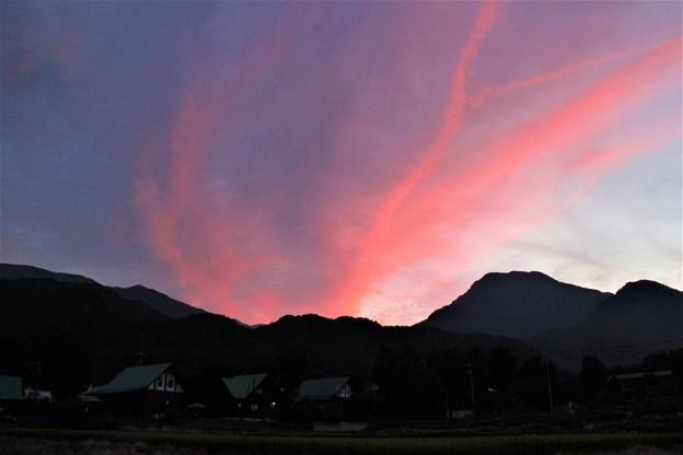 写真: 有明山 夕焼け