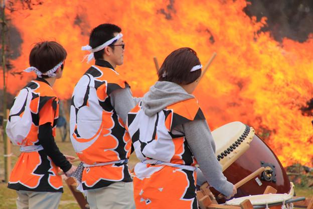 Photos: 570 中里 どんど火祭り