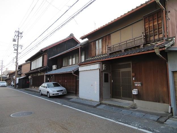 Photos: 鳴海宿 上中町
