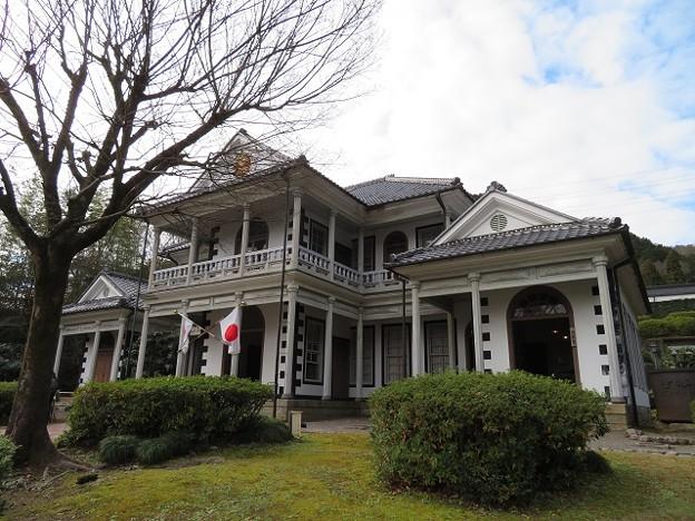 東山梨郡庁舎