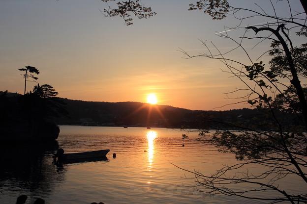 松島にて日は落ち