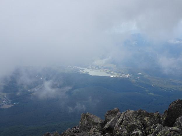 Photos: 雲の下の白樺湖