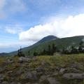 雲懸かる蓼科山