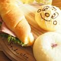 写真: 春のパン