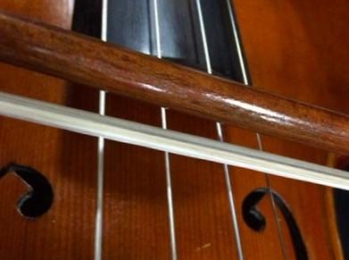 東京・中野・練馬・江古田、ヴァイオリン・ヴィオラ・音楽教室弓の毛を傾ける理由