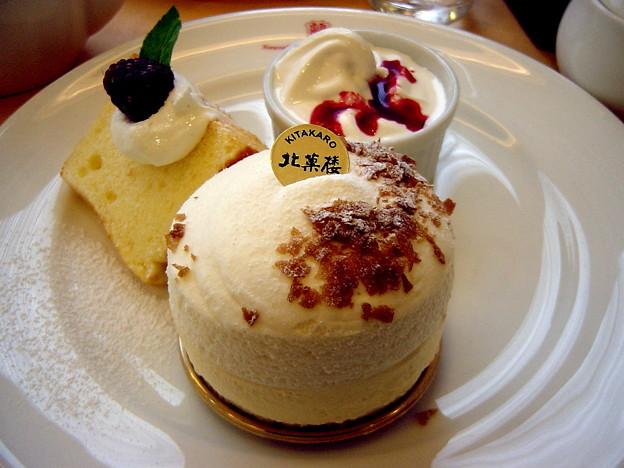北菓楼ケーキセット(スノーマウンテン)
