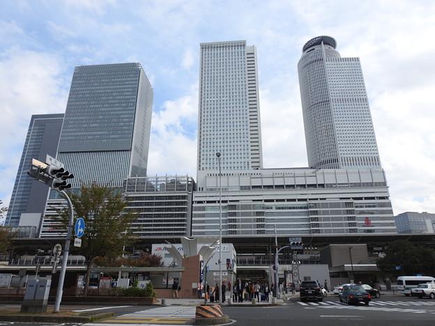 名古屋駅/太閤口駅前正面から見た名古屋駅