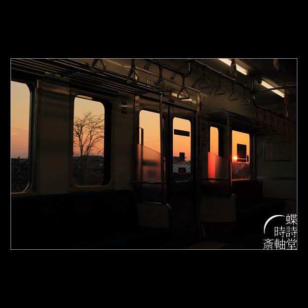 落陽の車窓