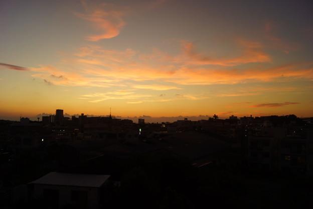 首里の夕日